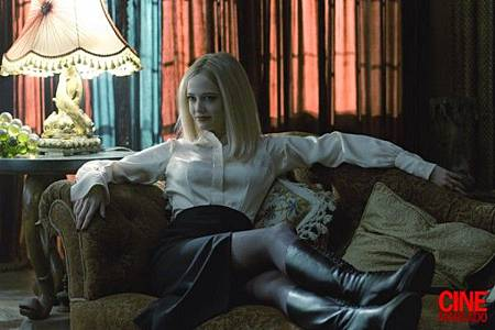 dark-shadows-eva-green-600x399.jpg