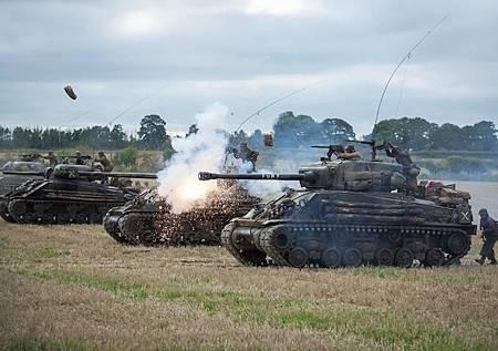 fury-tanks.jpg
