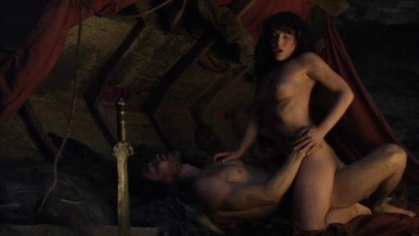 Spartacus.Blood.and.Sand.S01E01.READNFO.HDTV.XviD-2HD.avi_001861734.jpg