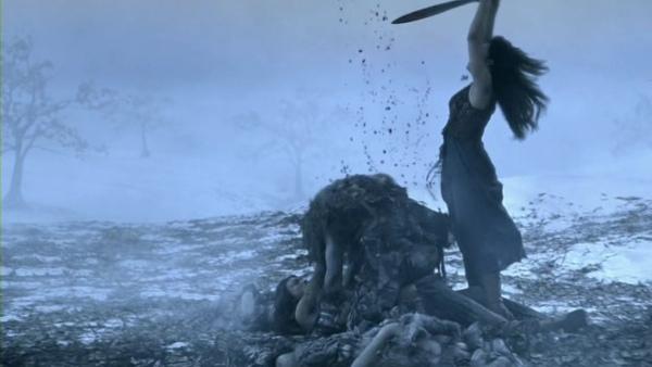 Spartacus.Blood.and.Sand.S01E01.READNFO.HDTV.XviD-2HD.avi_001600140.jpg