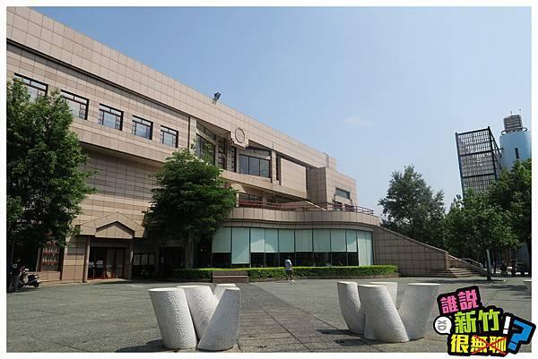 演藝廳外-2.JPG