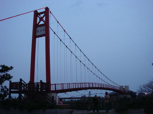 三芝吊橋‧永遠拍不漂亮的吊橋(太暗惹)