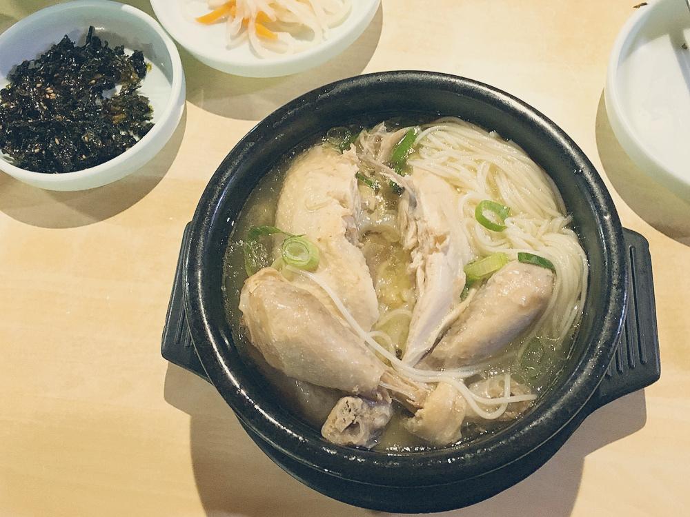 蔘雞湯有夠好吃!