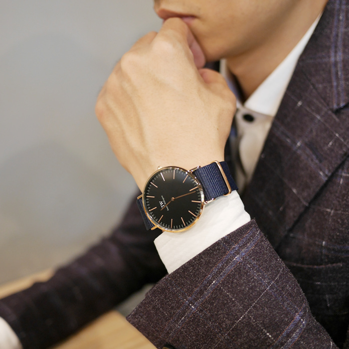 DW紅色錶帶