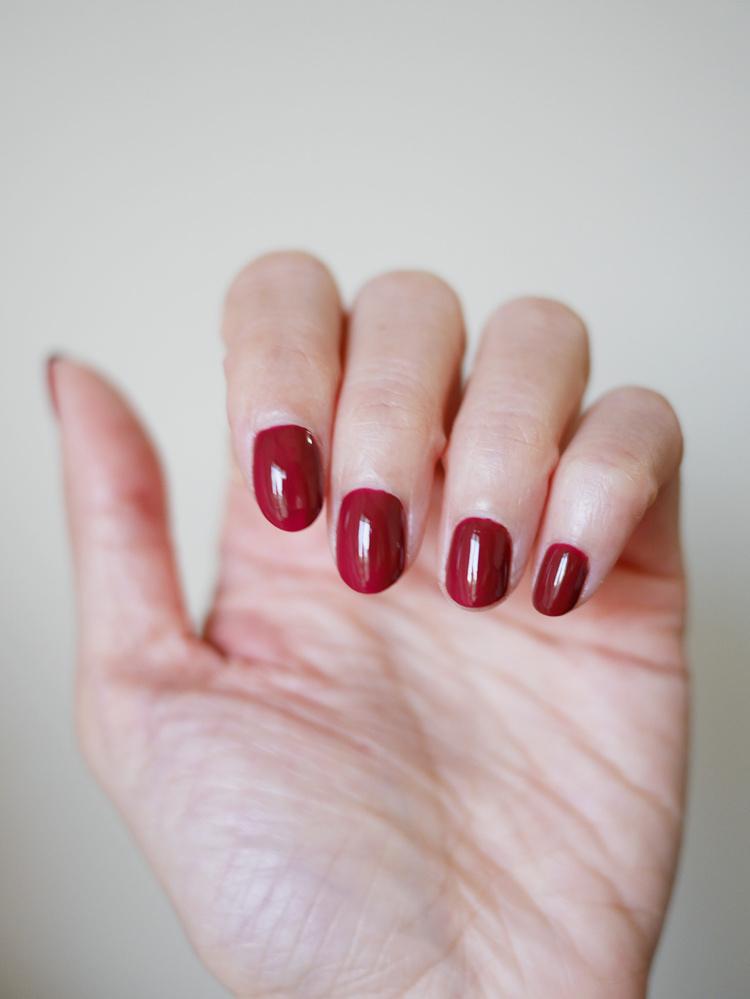 酒紅色指甲油推薦