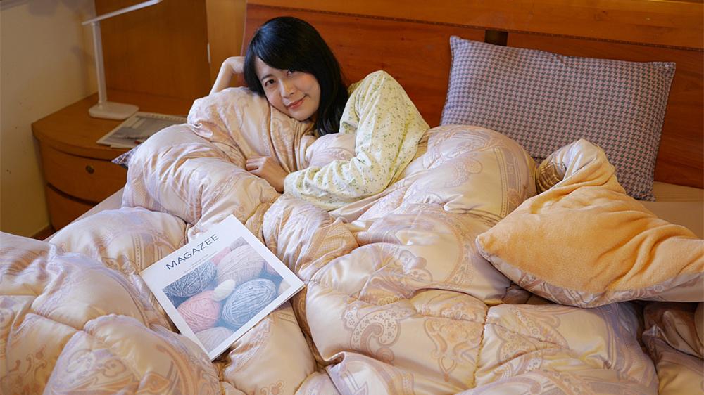 【冬天棉被推薦】德瑞克名床◆莫代爾厚絨冬被◆親膚的莫代爾外層布+柔軟細密的內層水晶絨,冬天睡覺也可以很溫暖!