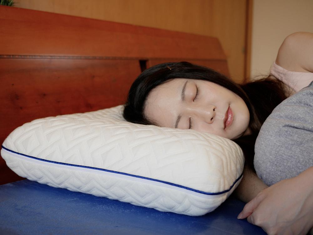 【薄床墊推薦%2F三折床墊推薦】MLILY夢百合零壓睡眠◆優回彈系列8cm日式三折墊%26;零壓深睡記憶枕◆充沛活力來自於舒適的睡眠!