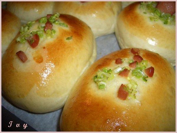 熱狗蔥花麵包