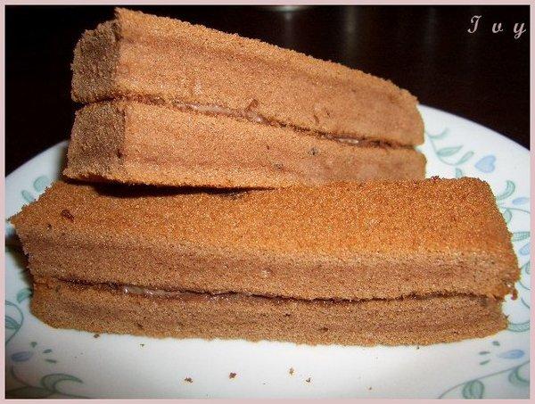 巧克力夾心蛋糕