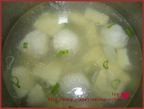 魚丸凍豆腐湯