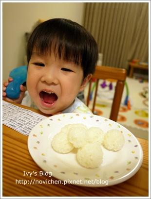20111207[宇3Y4M15D] 豆仔搖飯糰_5.JPG