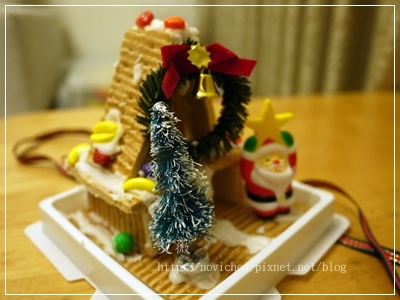 20111224[宇3Y5M2D&安7M10D] 薑餅屋_5.JPG