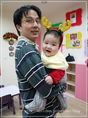 20111224[宇3Y5M2D&安7M10D] 薑餅屋_8.JPG
