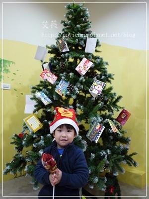 20111224[宇3Y5M2D&安7M10D] 薑餅屋_9.JPG