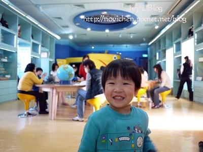20120204[宇3Y6M13D&安8M21D] 台中科博館_3