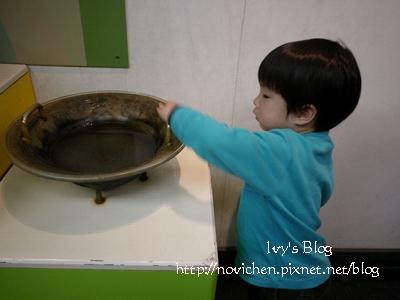 20120204[宇3Y6M13D&安8M21D] 台中科博館_12