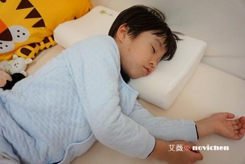 mammyshop護頸枕_25.JPG