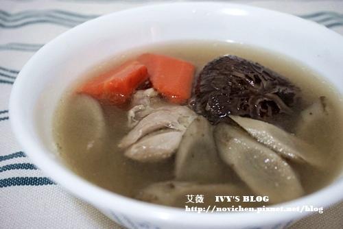 牛蒡香菇雞湯_1.JPG