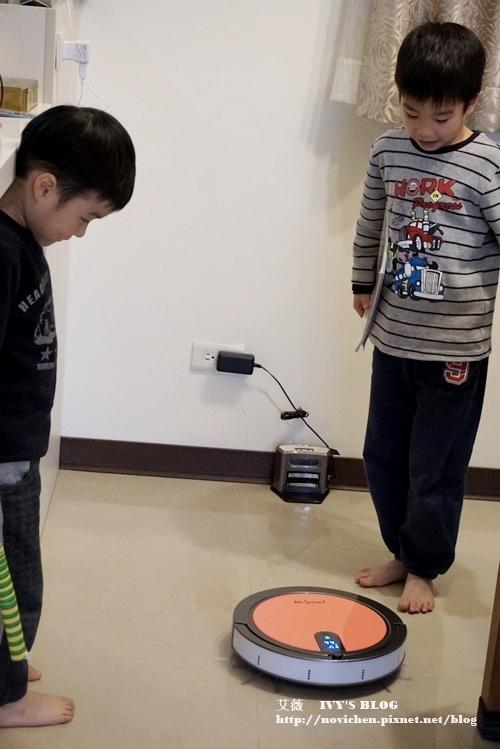 8S掃地機器人_25.JPG