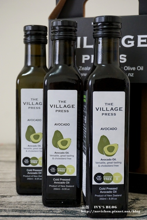 The Village 酪梨油_2.JPG