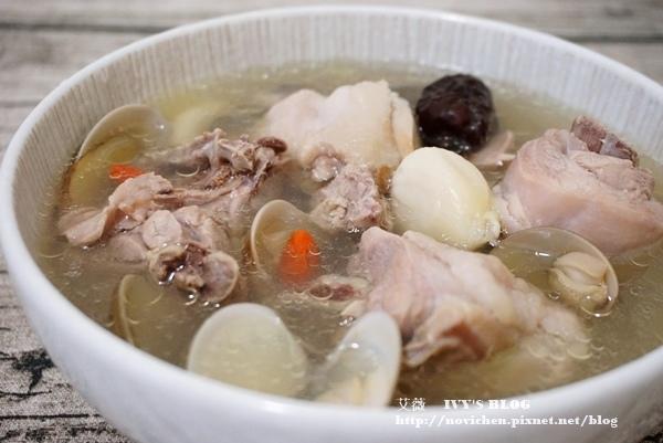 蛤蜊蒜頭雞湯_1.JPG