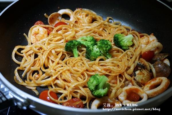 茄汁海鮮義大利麵_13.JPG