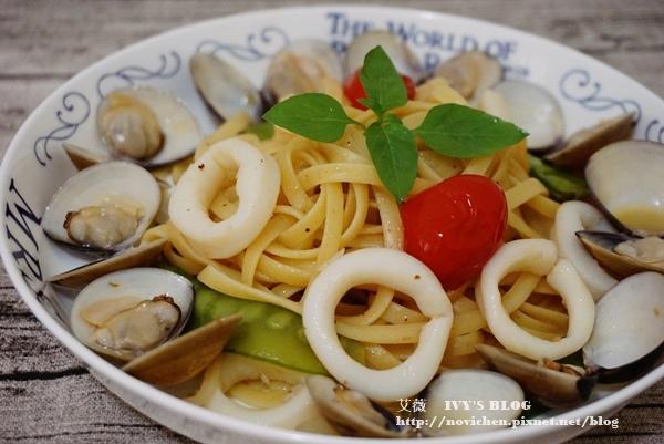 蒜味海鮮義大利麵_1.JPG