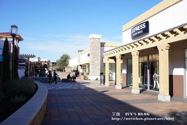 SF outlet_4.JPG