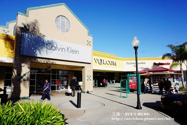 Gilroy outlet_2.JPG