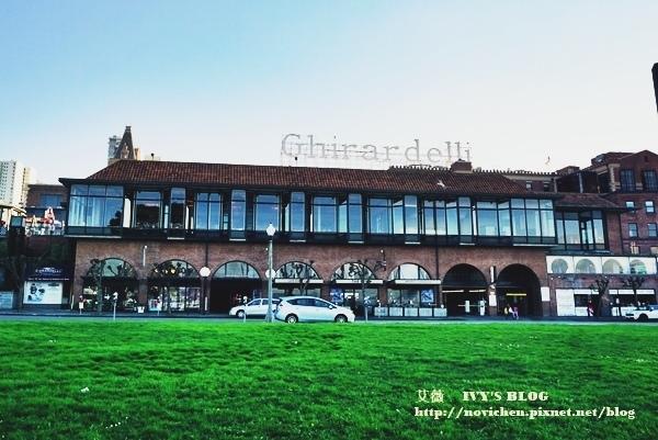 Ghirardelli Square_1.JPG