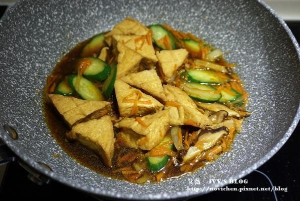 紅燒油豆腐_8.JPG