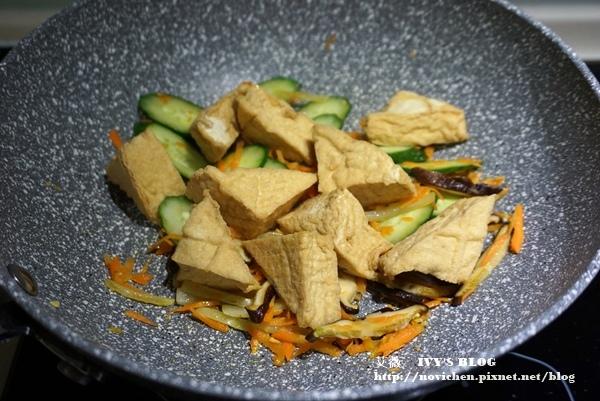 紅燒油豆腐_7.JPG