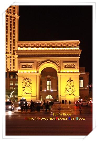 [16M1W] 22_1125 paris旁的凱撒門.JPG