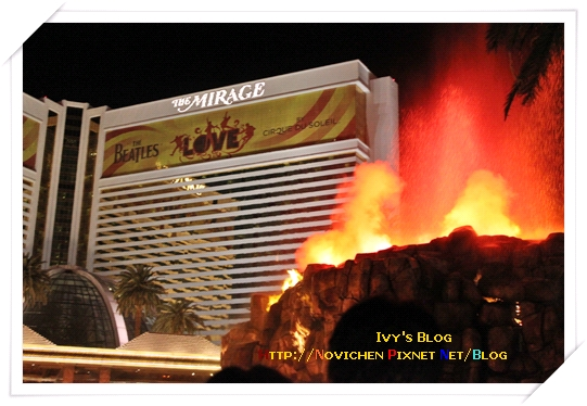 [16M1W] 24_1125 The Mirage火山爆發.JPG