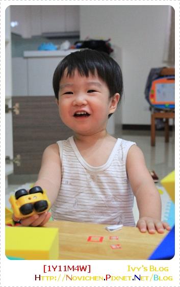 [1Y11M4W] 招牌笑容.JPG