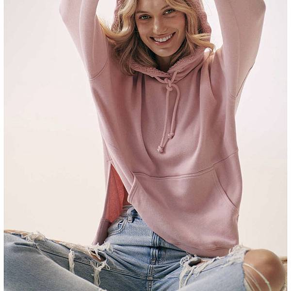American Eagle Outfitters  .jpg