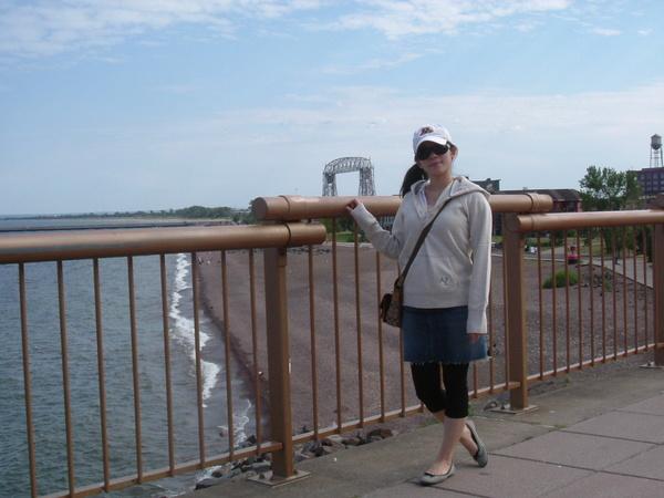 蘇必略湖旁,這次有照到當地有名的canal(運河橋)