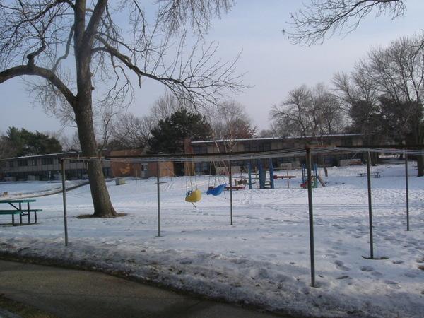 後門接著的兒童樂園