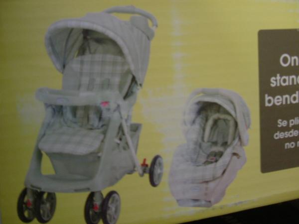 寶寶嬰兒車跟汽車座椅