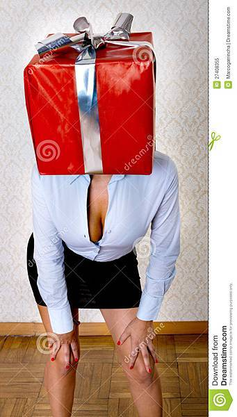 sexy-woman-box-gift-head-27408355.jpg