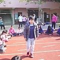 團康遊戲_觸電4.JPG