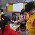 0319[社群活動]親子科學教室 創意彩色旋轉燈籠06.JPG