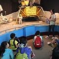 4月23日參訪天文館太陽神計畫導覽.JPG