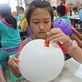 剌不破氣球科學實驗1_105-04-23.JPG