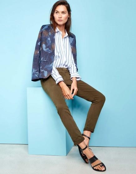 chino-trousers-sandy-dark-kaki.jpg