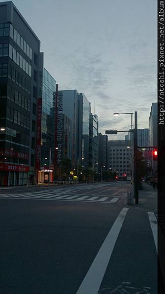 清晨街頭一隅