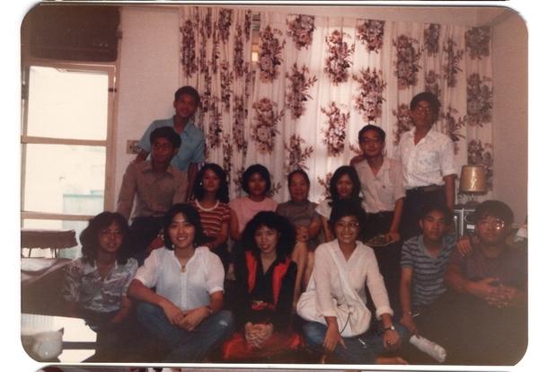 19810928年同學會02華老師家