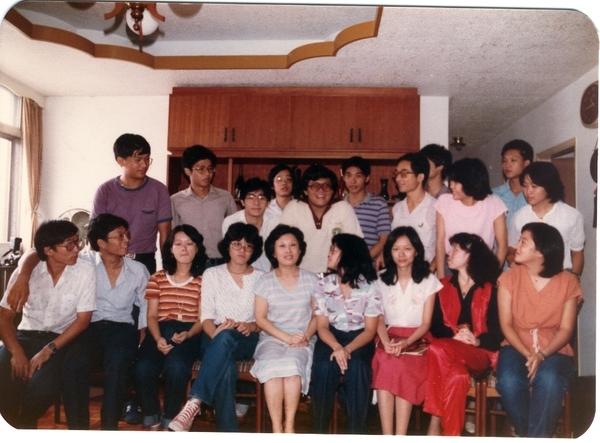 19810928年同學會04周老師家