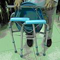 可摺疊式便盆椅(二)