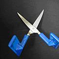 桌上型自動彈跳剪刀(ㄧ)